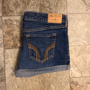 Hollister shorts - size 7